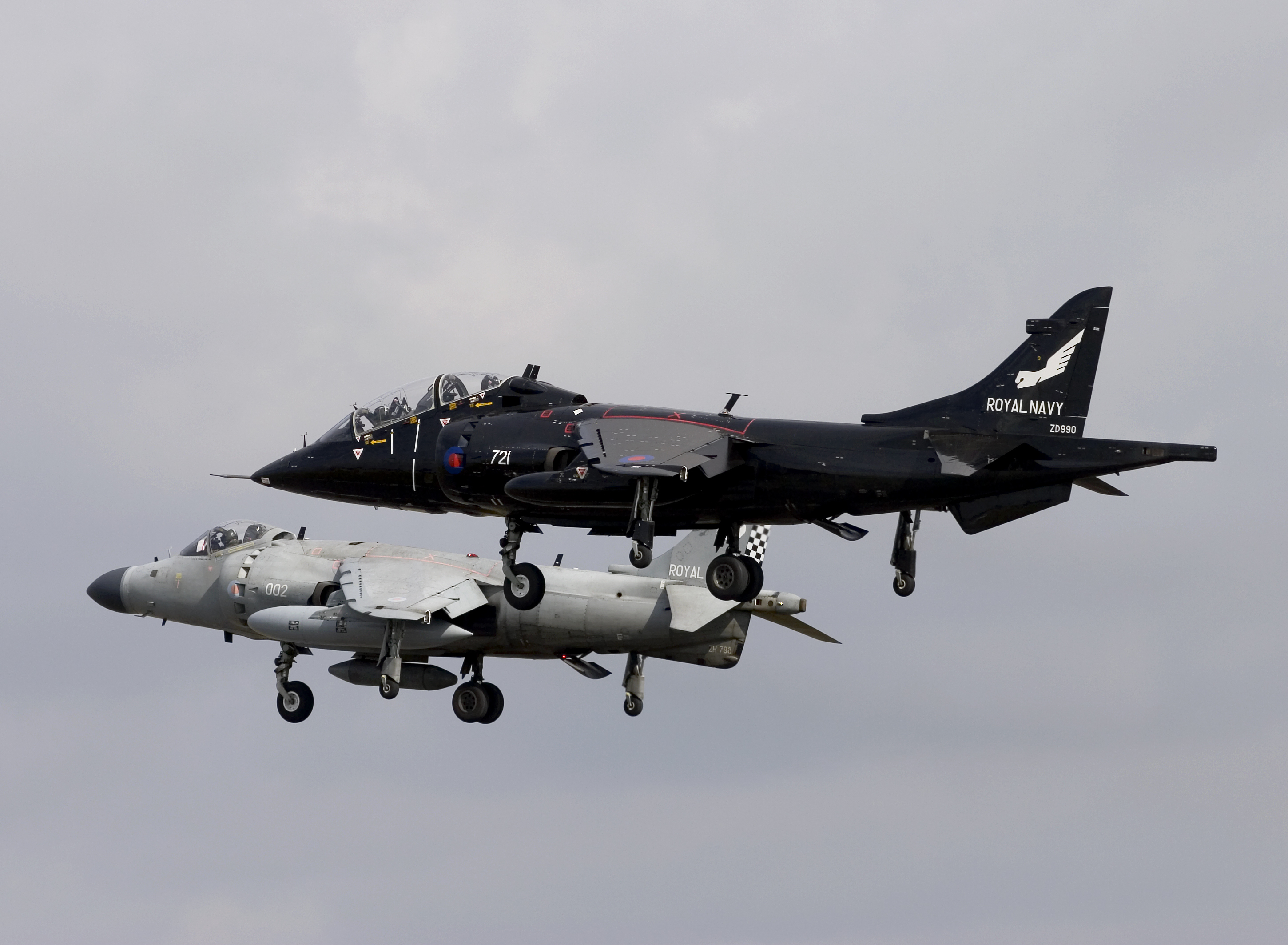 Nalls Aviation – The Worlds ONLY Civilian Harrier!